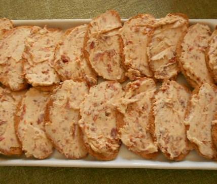 crostini-pomodori-secchi.JPG