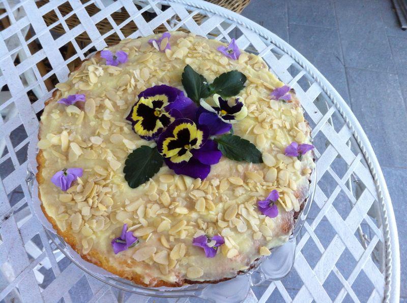 torta-mandorle-crema-11.JPG